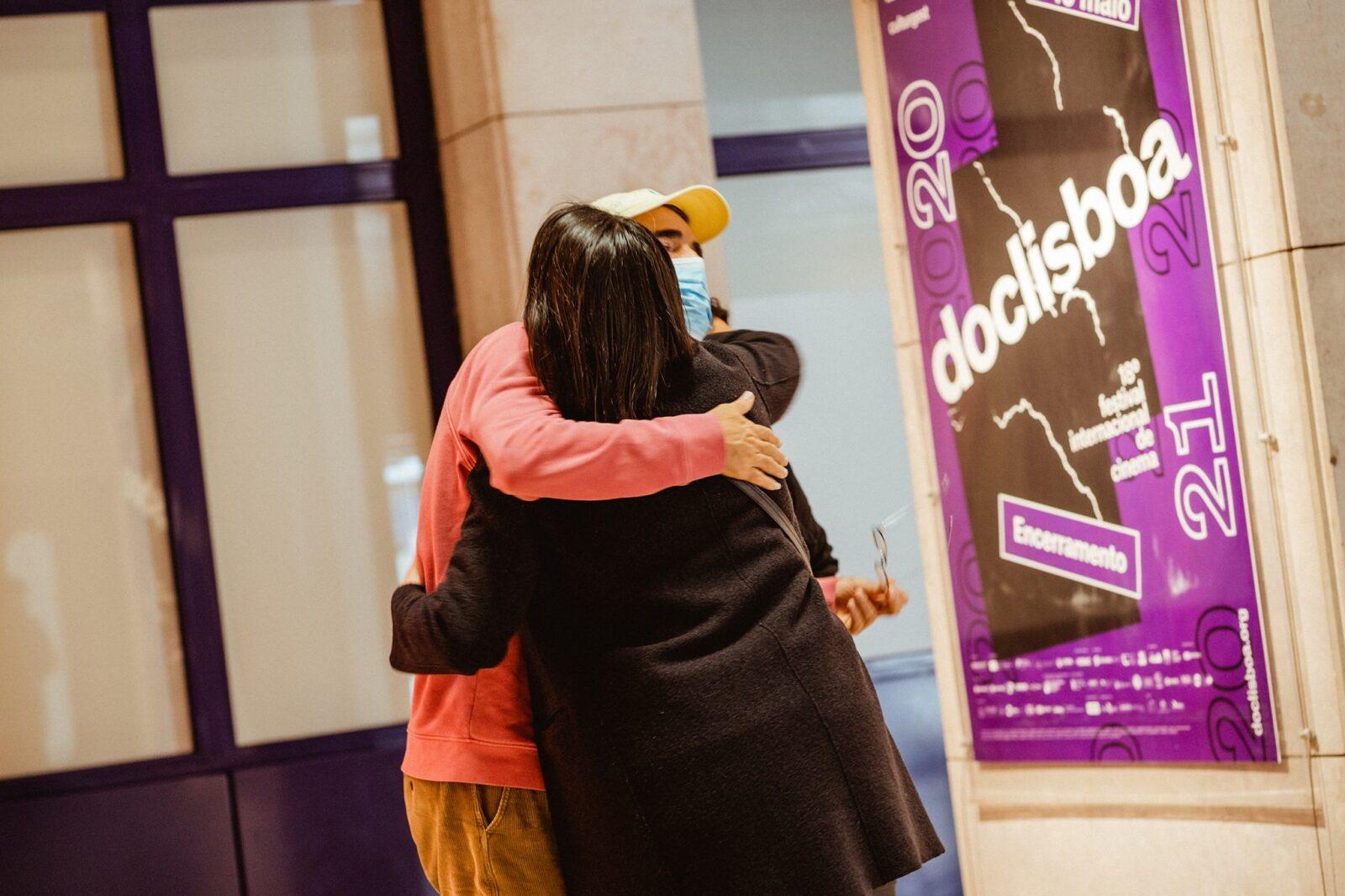 Doclisboa hug